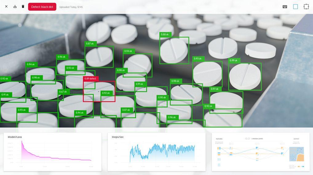 Die Deep-Learning-Software AI.See ist auf Fehlererkennung spezialisiert und bietet zusätzlich die Möglichkeit zur Verwendung von vortrainierten Modellen. Dadurch ermöglicht die Software hohe Erkennungsraten bereits mit wenigen Fehlerbildern.
