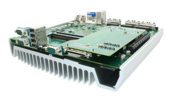 Die neuen lüfterlosen Box-PCs von Aprotech sind mit Skylake Prozessoren und einer Vielzahl von Schnittstellen ausgestattet.
