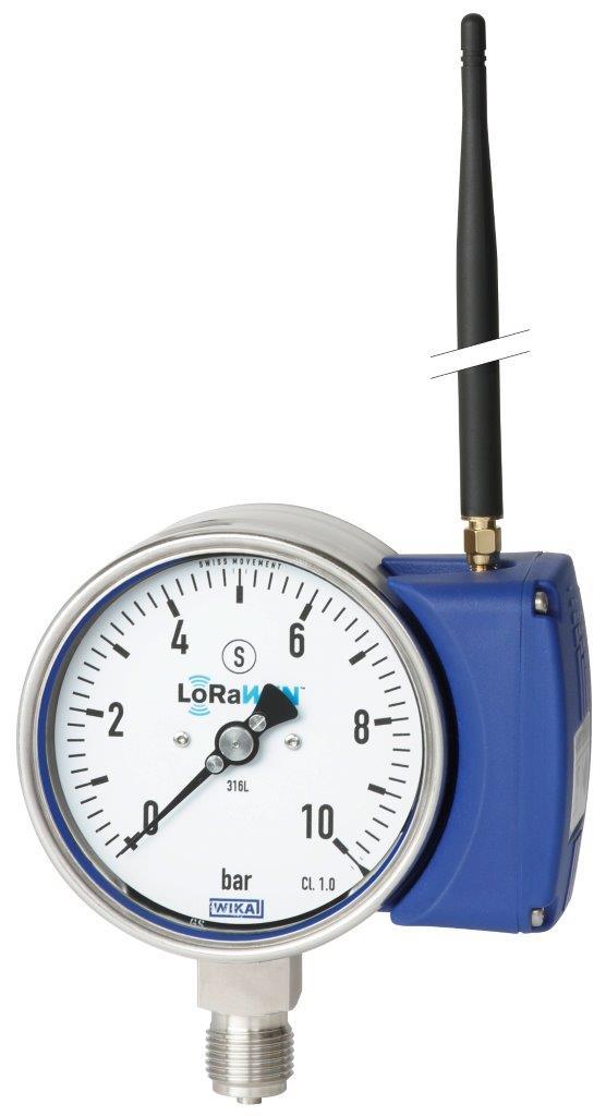 Für eine entlegene Bohrlochüberwachung setzt ein Erdölunternehmen Manometer mit integriertem LoRa-Modul, Typ PGW23 ein. Die Sicherheitsfunktionen selbst werden über ein Prozessleitsystem gesteuert, eine lokale Lösung ohne Anbindung nach außen.