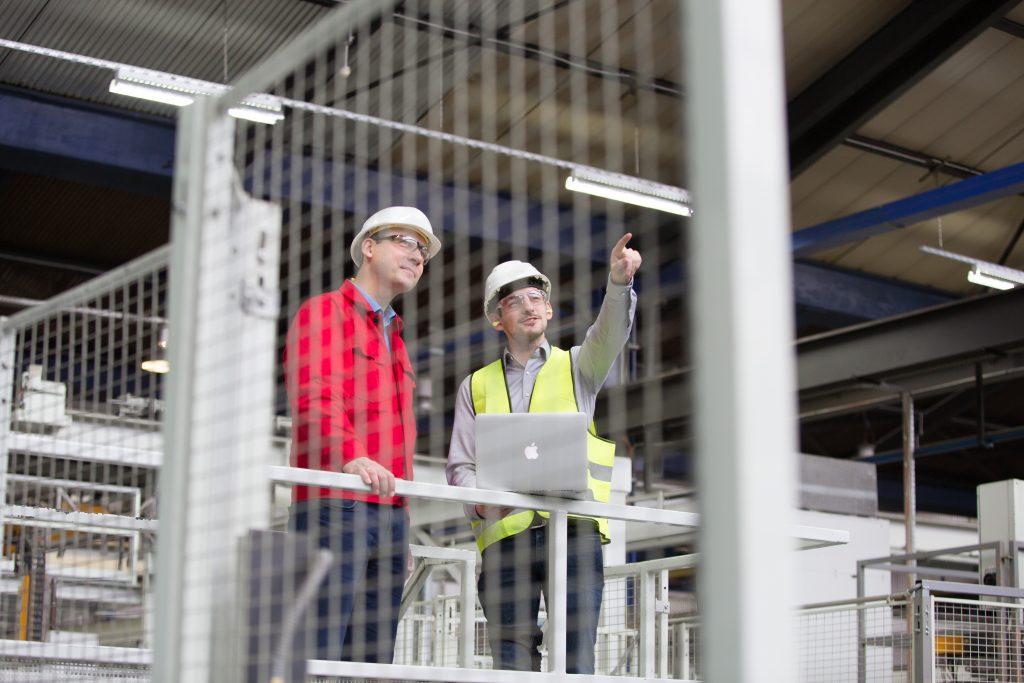 Durch die Einbindung des Sicherheitskonzepts und die Zusammenarbeit mit Experten wird schon bei der Planung der Produktionsfluss verbessert.