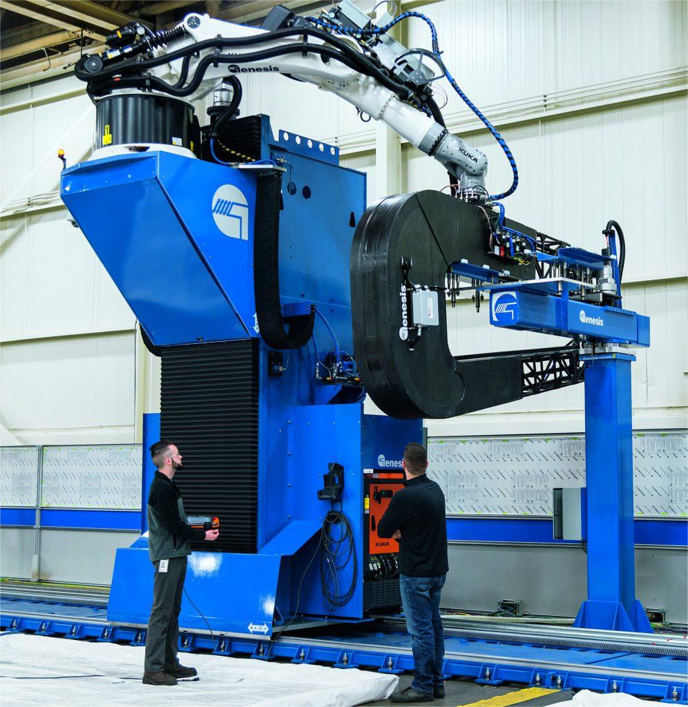 Die NSpect-Systeme von Genesis Systems kombinieren Daten der Ultraschallprüfung mit Positionsdaten des Roboters und gewährleisten so die lückenlose Materialprüfung sicherheitskritischer Bauteile.