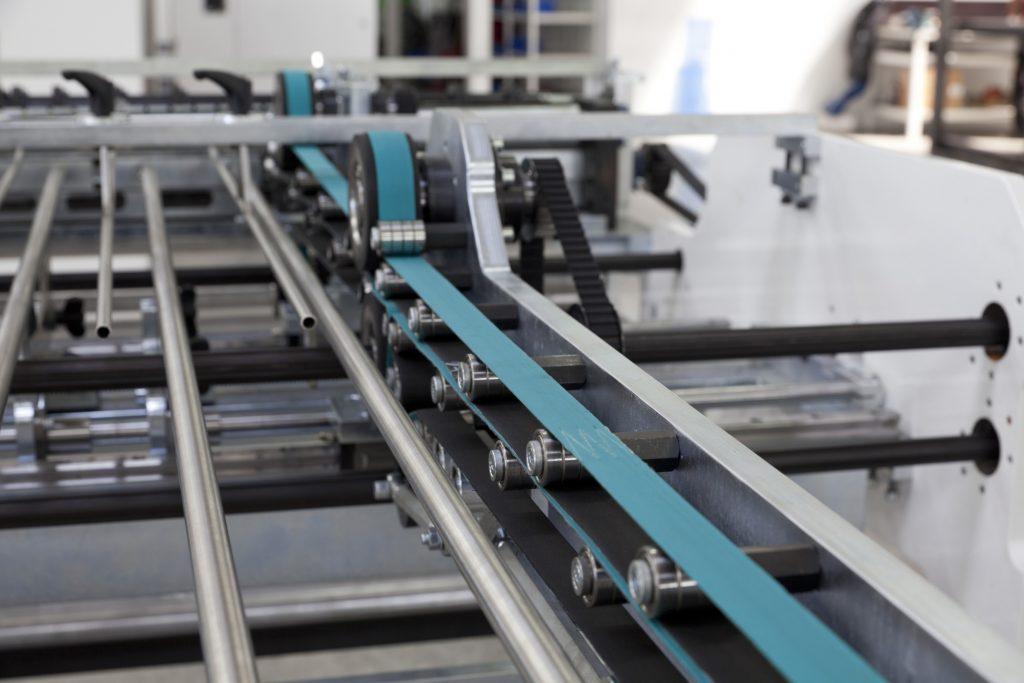 Servoantriebe für Laufbänder mit sensorlosen Geschwindigkeitsregelung