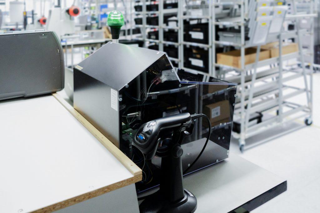 Häufig werden die USB-Signalleuchten zur Statusanzeige an Prüfplätzen in der Fertigung eingesetzt.