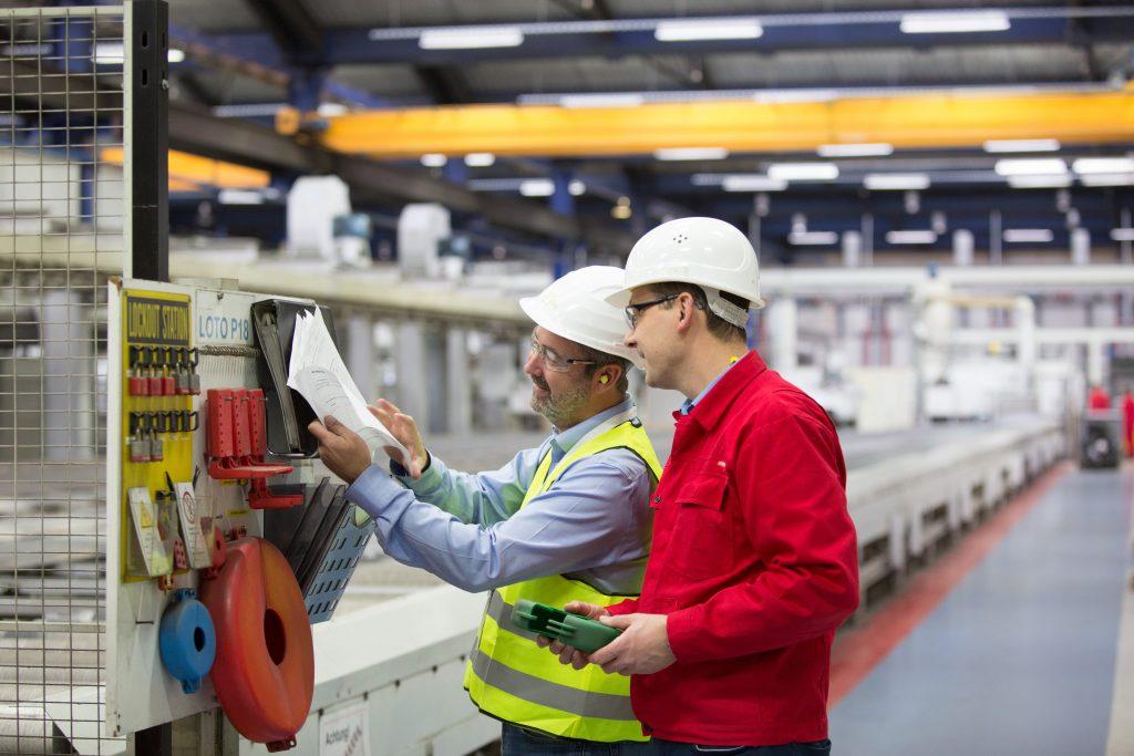 Wenn nach Jahren des Anlagenbetriebs eine Nachrüstung erforderlich ist, um die Sicherheitsvorkehrungen an den Stand der Technik anzupassen, erlaubt das System eine Kostenübersicht.